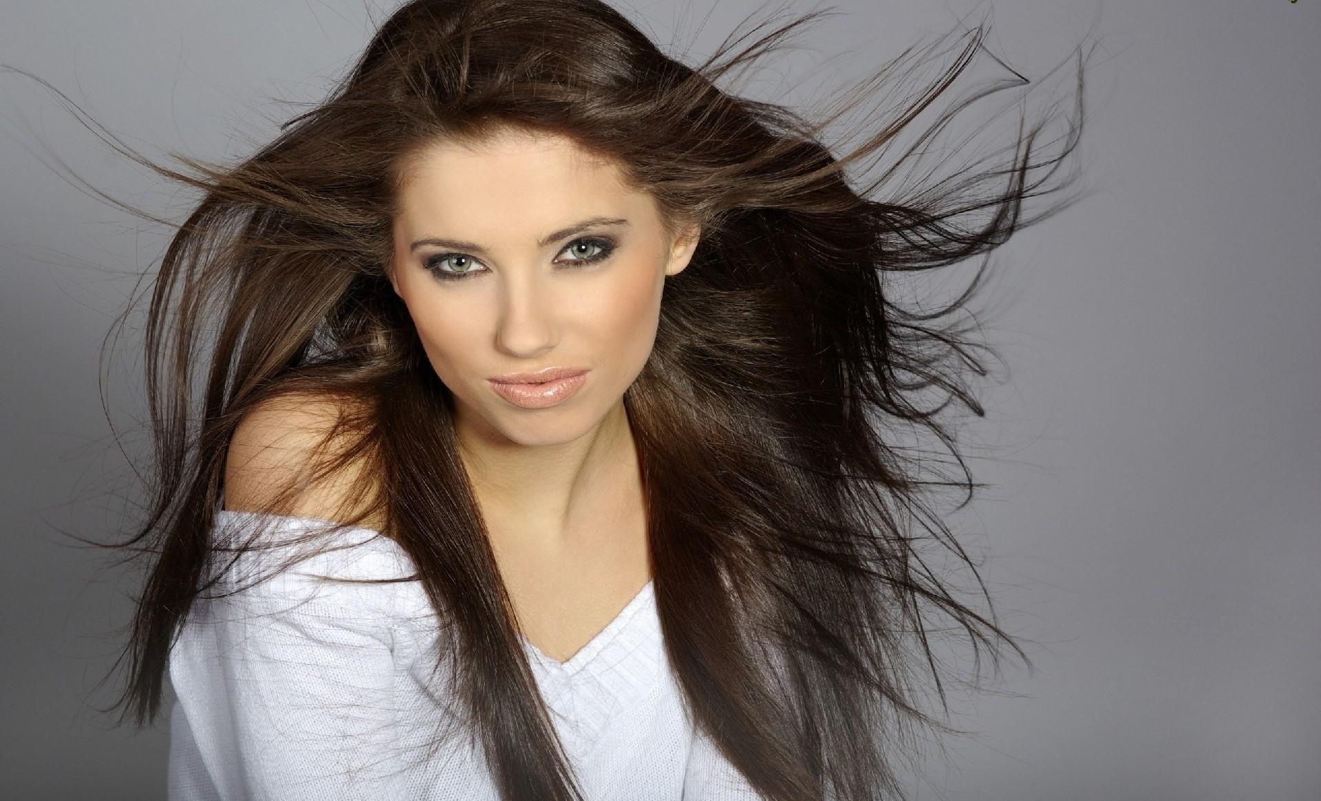 Wie können wir die Elektriesierung unserer Haare verhindern